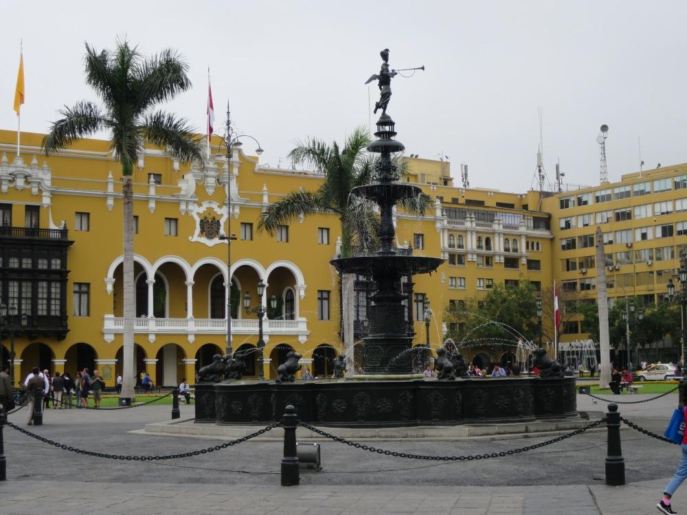 Lima Plaza de Armas 2